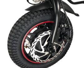 Changement du pneu et chambre à air de notre roue électrique pour fauteuil roulant.